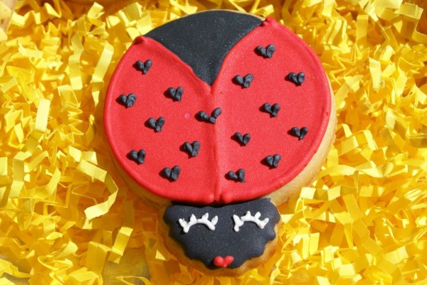 lady bug cookies sunflower cookies