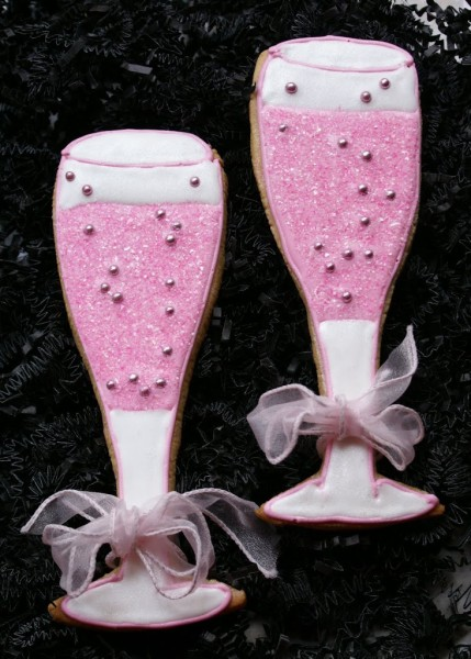 pink champagne glass cookies
