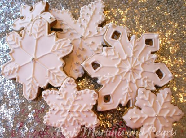 decorate snowflake cookies gift basket
