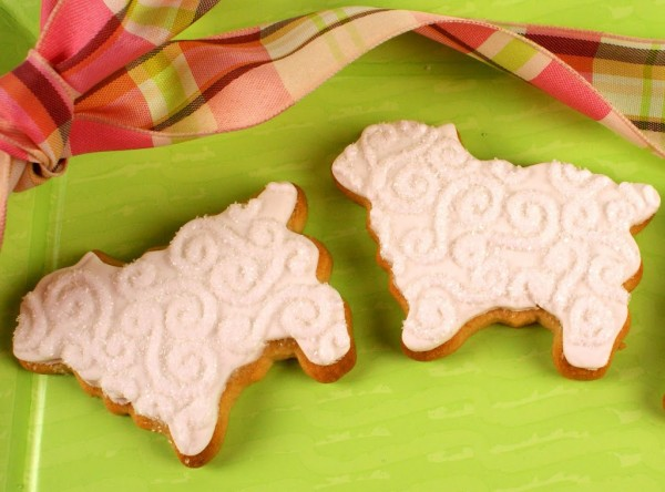 decorated lamb cookies with embossed fondant