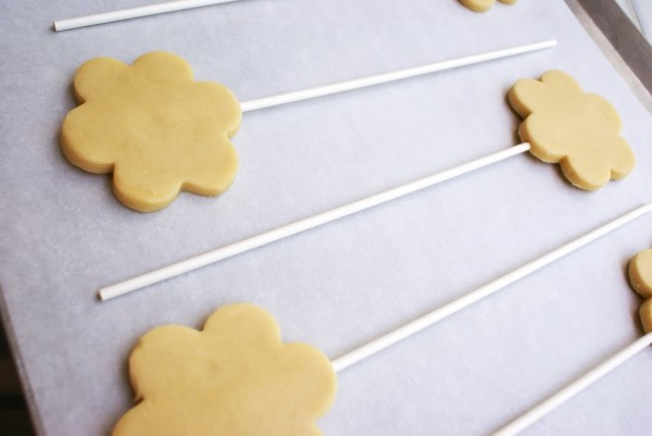 flower cookies on sticks