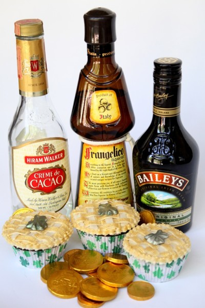 st. patrick's day boozy cupcakes