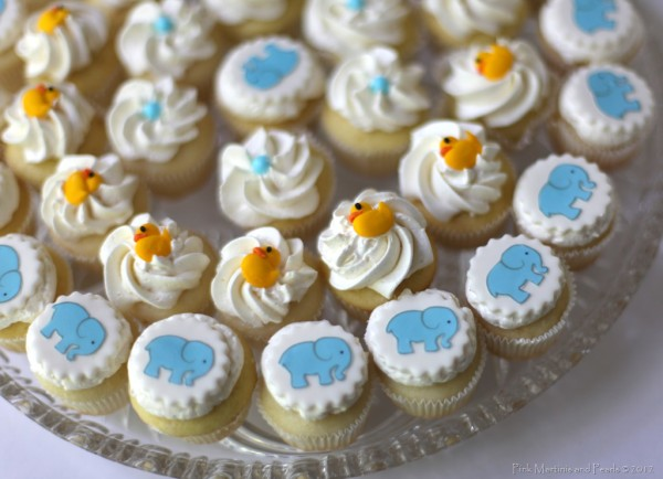 baby shower mini cupcakes 997 copy
