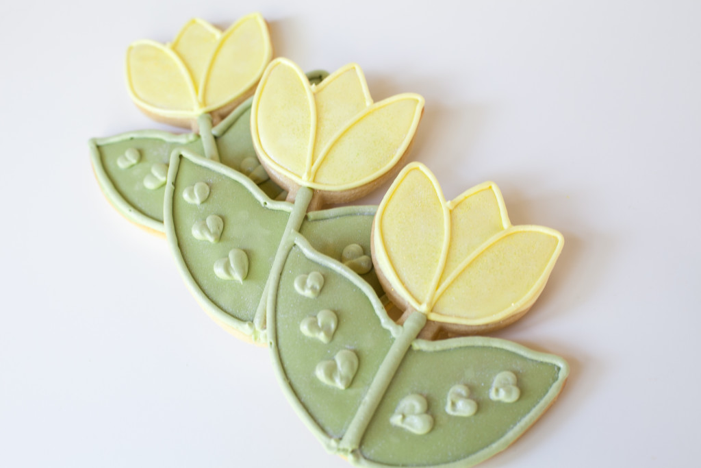 bridal shower cookies tulip cookies-3216