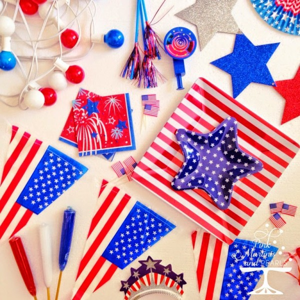 4th of July Party Decorations logo