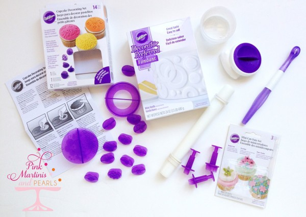 Wilton fondant give-away