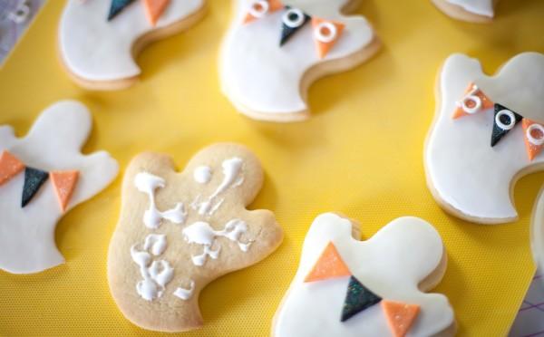Wilton Ghost Cookies-7839