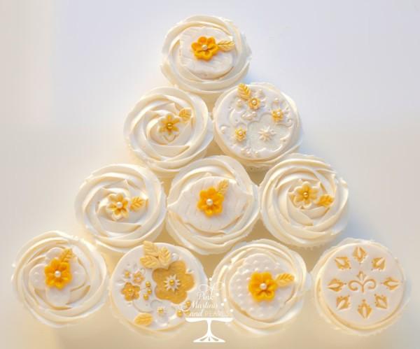 Wilton Flower Fondant Cupcakes