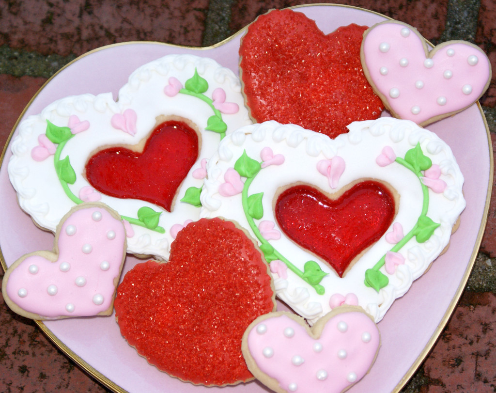 decorated valentines cookies