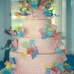 tierd cake with fondant ribbons