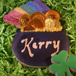 A 'Pot of Gold' Decorated Cookie