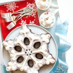 Snowflake Gingerbread Cake with a Cocoa Trimming Kit