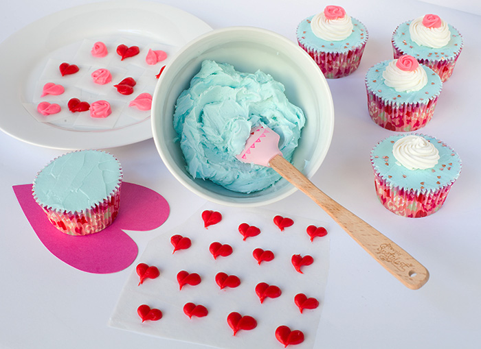 valentine day cupcakes wilton
